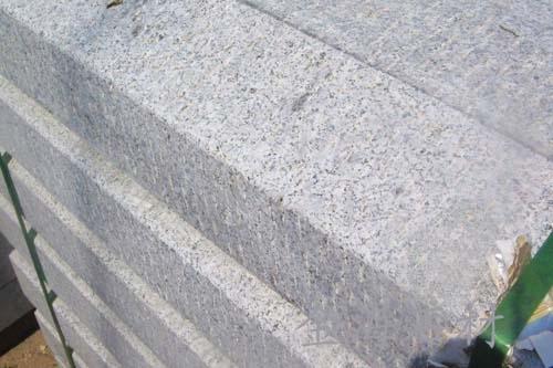 五莲花路沿石